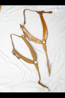 Shaped 3-piece Martingales