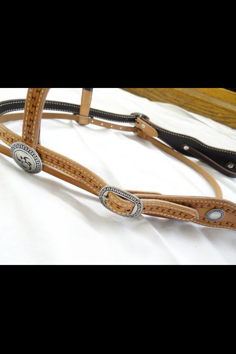 Double Scalloped Headstall Carlos Border Stamp | Another View