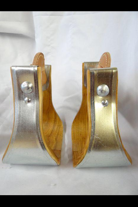 Galvanized Bell Stirrups