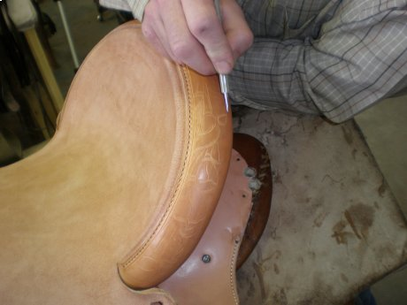 Hand Tooling the Cantle