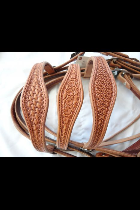 Single Scalloped Daisy Stamped Browband Headstall | Another View